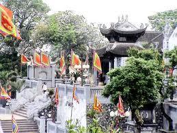 Tìm hiểu đền Cửa Ông ở Vịnh Hạ Long