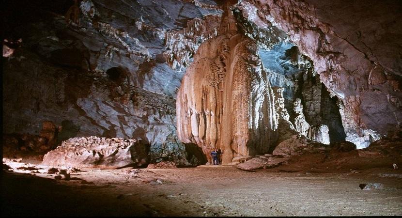 Vẻ đẹp kỳ vĩ của hang Đầu Gỗ