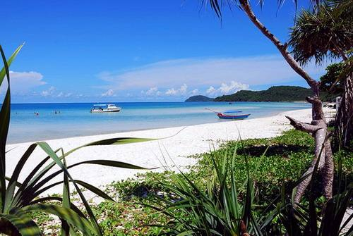 Trời xanh, cát trắng trên đảoQuan Lạn