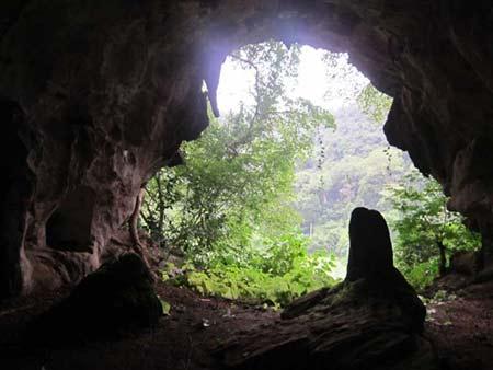 Du lịch Sầm Sơn - Hang Con Moong