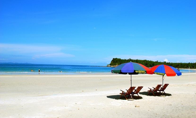 Biển đảo Quan Lạn đẹp thơ mộng
