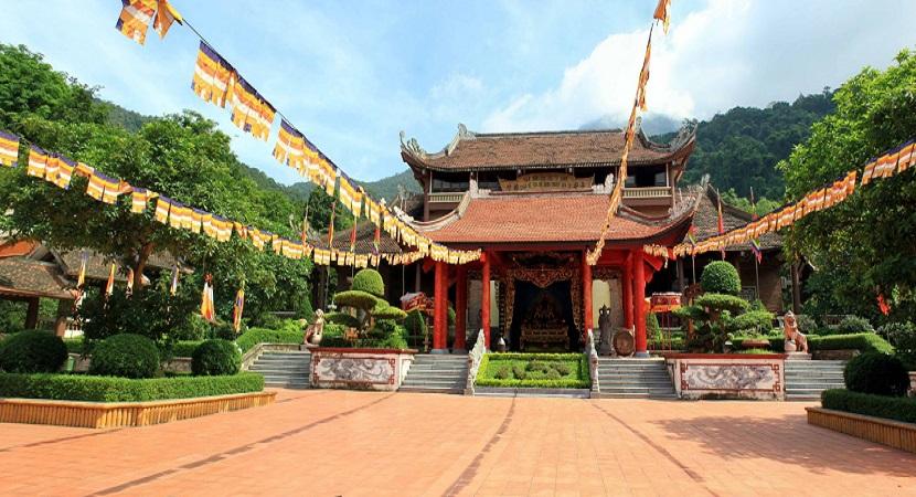 Thiền Viện Trúc Lâm trên núi Yên Tử