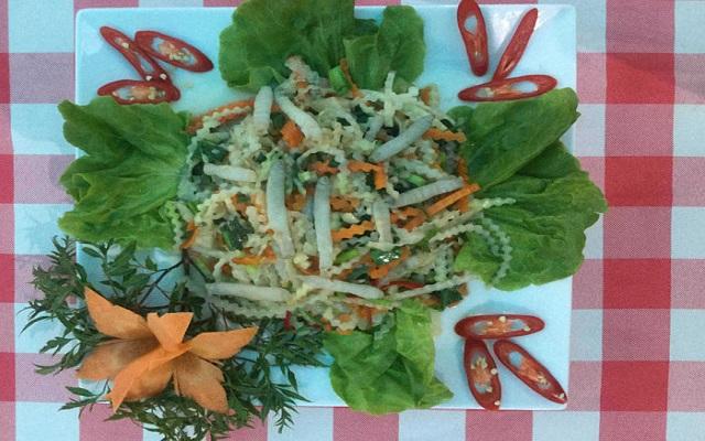 Sá sùng xào su hào, cà rốt - món ngon lạ miệng, độc đáo ở Hạ Long