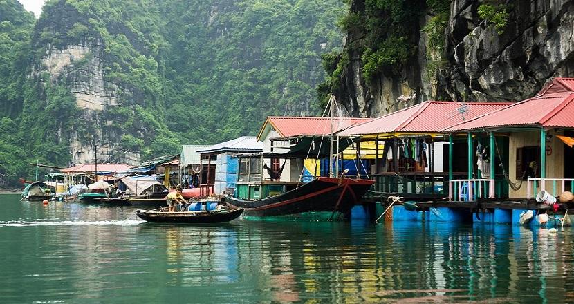 Bình yên tại làng chài Ba Hang