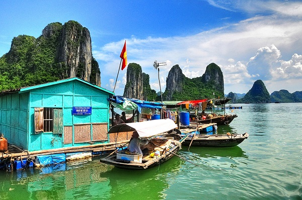 Bình yên khung cảnh làng chài Vung Viêng