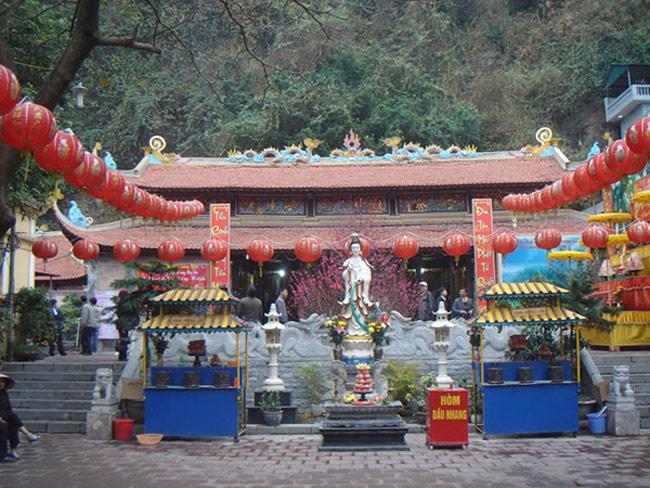 Lễ hội chùa Long Tiên